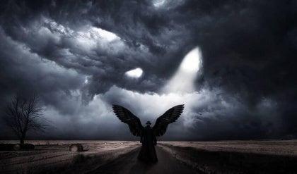 Ciemny anioł