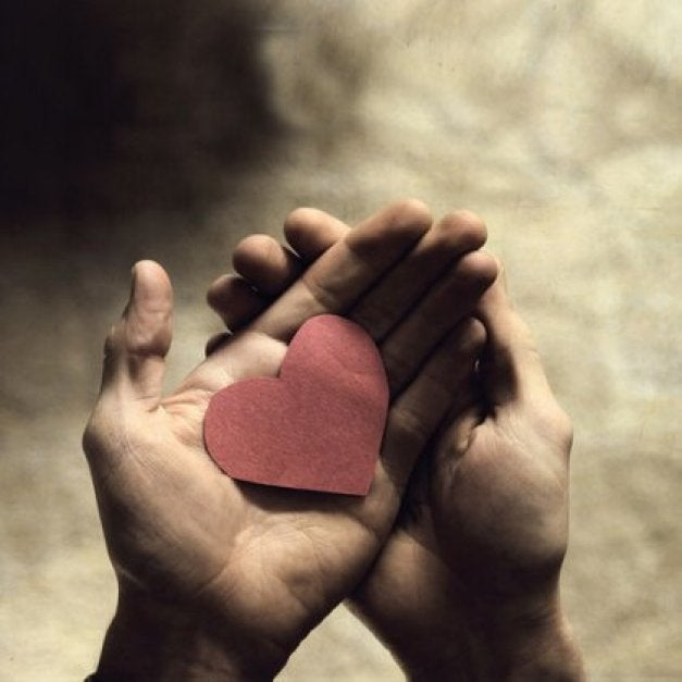 serce-w-dloniach