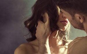 Pocałunek: Fantazja erotyczna