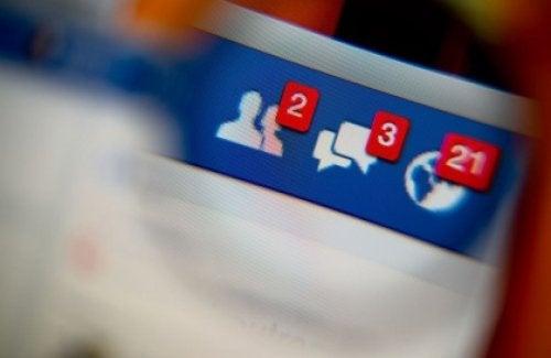 Wiadomości na Facebooku