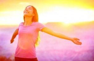 Kobieta - śmiech i szczęście