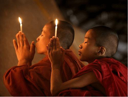 modlitwa ze świecą