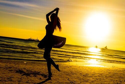 taniec na plaży