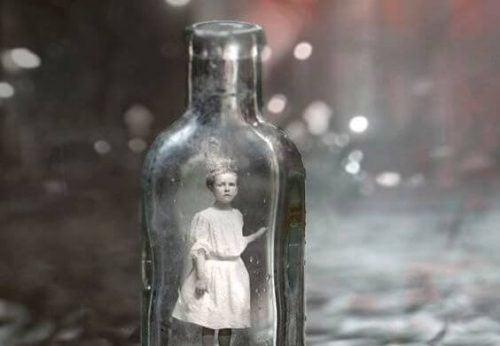 Dziewczynka w butelce