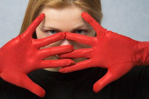 czerwone rękawiczki