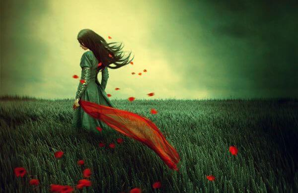 Kobieta w polu zboża