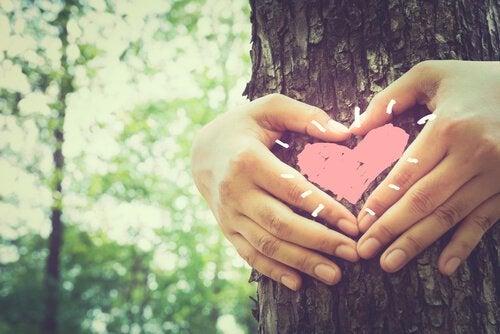 Miłość rozbraja, a śmiech łagodzi