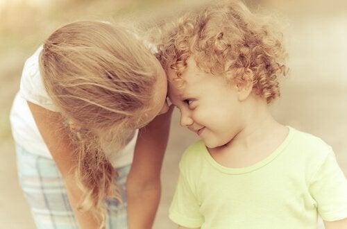Młodsze rodzeństwo wpływa na twoją osobowość