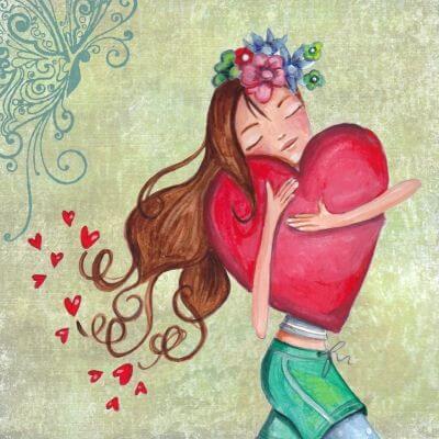 Dziewczyna przytulająca serce