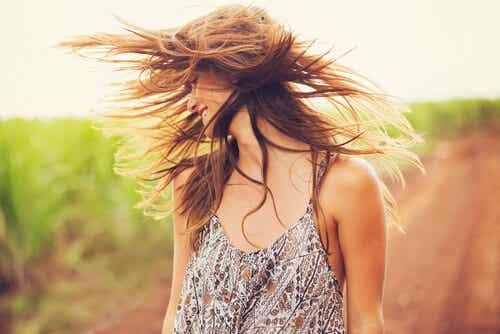 Twoje włosy niech rozwiewa życie