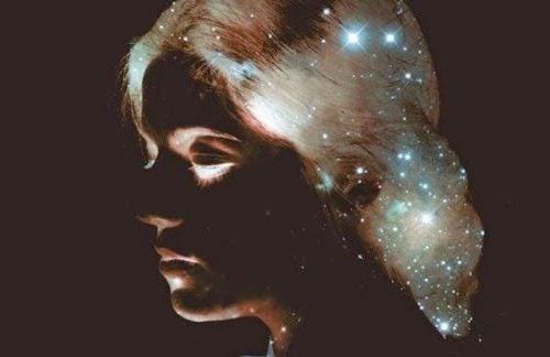 Kobieta - wszechświat
