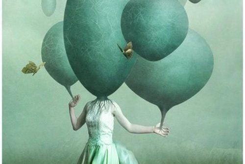 Balon zamiast kobiecej głowy