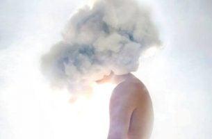 Głowa w chmurze - sen