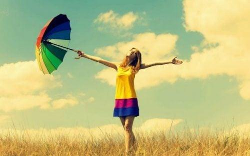 Szczęśliwi ludzie - 7 rzeczy, które robią inaczej