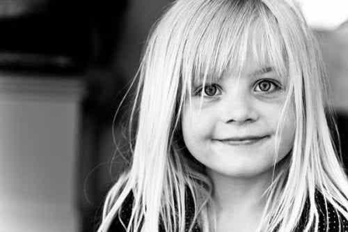 Wychowanie dziecka: słowa uznania i miłość to najlepsza nagroda