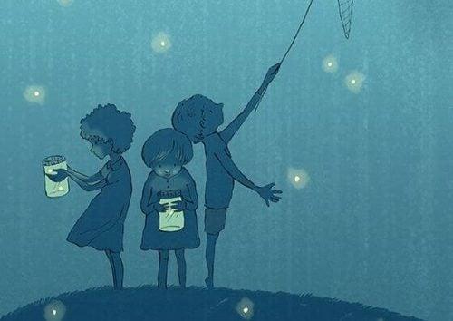 Dzieci łapiące świetliki