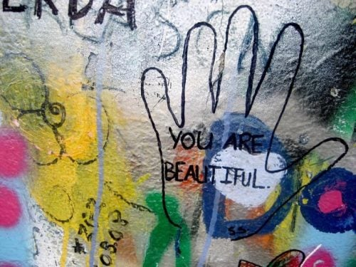 "Graffiti ""you are beatiful"" na szkle"