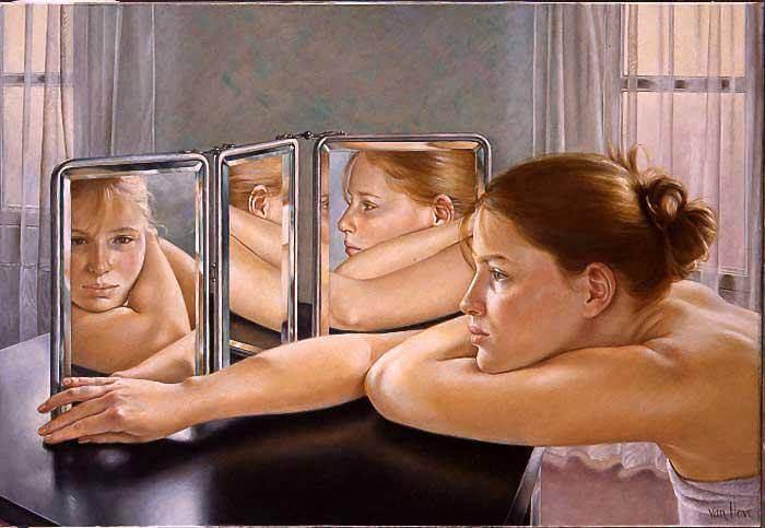 Kobieta, wiele twarzy w lustrze.