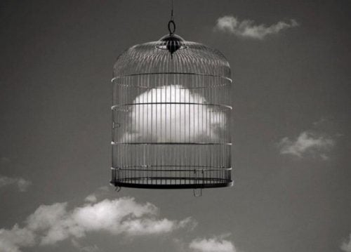 Chmura w klatce
