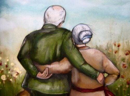 dziadkowie się przytulają