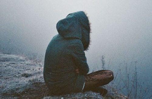 Amnezja dysocjacyjna: utrata pamięci z powodu traumy