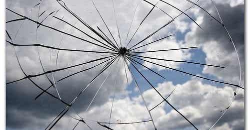 Teoria rozbitych okien – o co w niej chodzi?