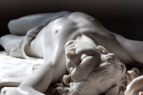Marmurowa statua