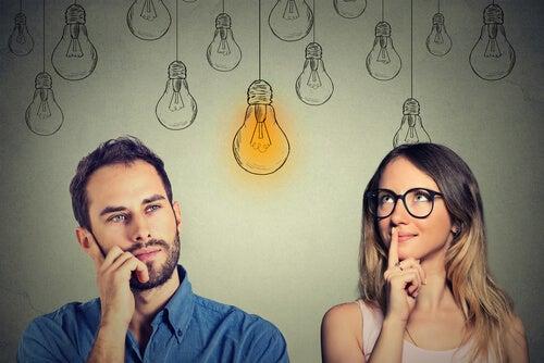 Mężczyzna i kobieta się zastanawiają