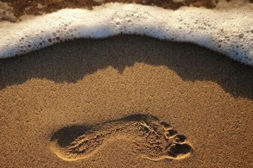 Ślad stopy na piasku