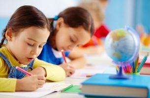 Metoda Kumona - uczące się dzieci.