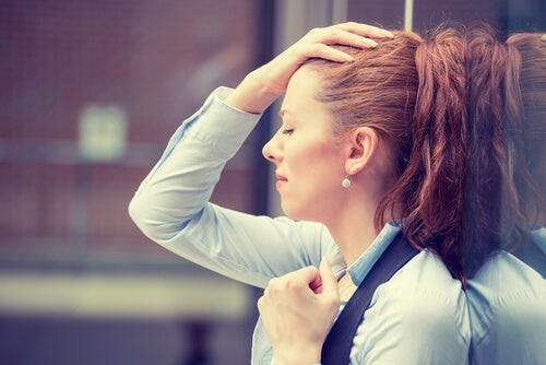 Zestresowana dziewczyna