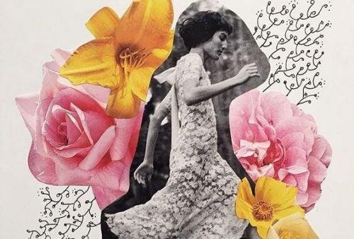 Kobieta biegnie wśród kwiatów