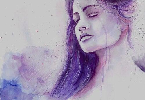 Kobieta w kolorze fioletu.