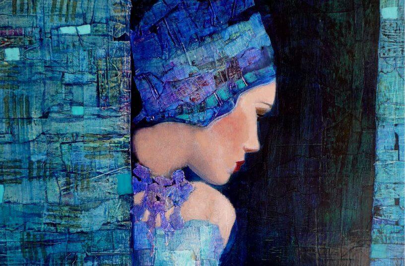 Kobieta w niebieskim nakryciu głowy.