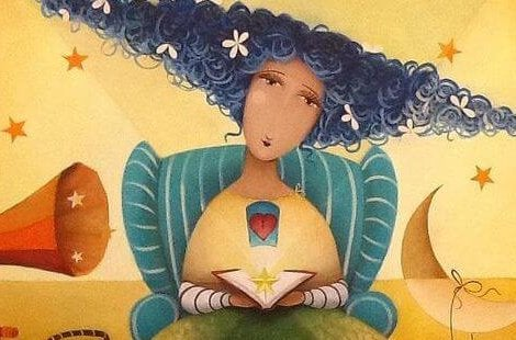 Kobieta o niebieskich włosach z książką siedzi w krześle