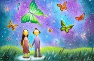 Nie trzymajcie się tak kurczowo siebie. Para i kolorowe motyle.