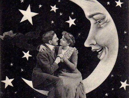 Miłości nie wyznacza czas ani miejsce. Para na Księżycu.