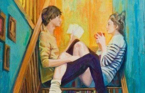 Zakochana para - rozmawia na schodach
