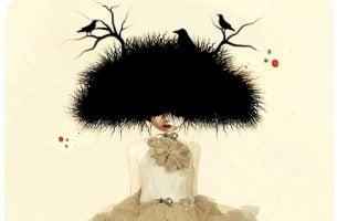 Kobieta z ptasim gniazdem na głowie.