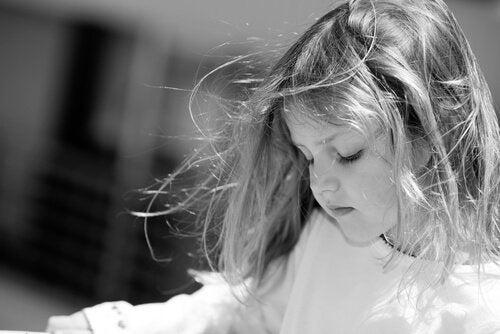 Krzyki negatywnie wpływają na mózg dziecka