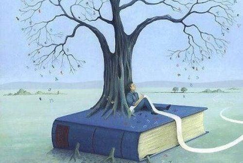 Człowiek siedzi na wielkiej książce, z której wyrasta drzewo