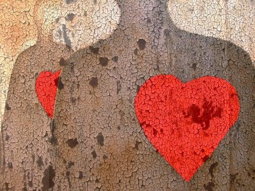 Miłość niemożliwa serca w kamieniu
