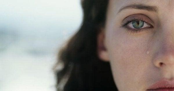 Płacząca kobieta.