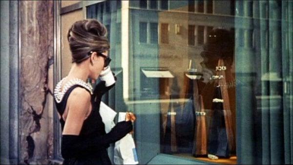 Histrioniczne zaburzenie osobowości - film Śniadanie u Tiffany'ego.