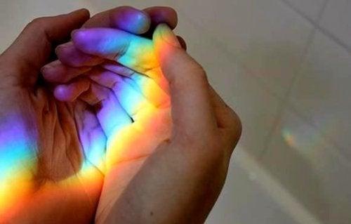 Tęcza na dłoni