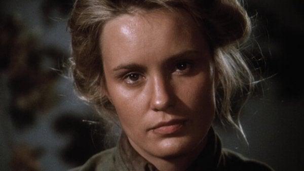 Jessica Lange jako Frances Farmer.