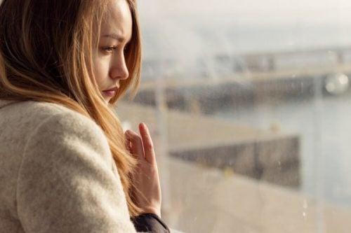 Bolesne wspomnienia można uporządkować, ale nie wyrzucić