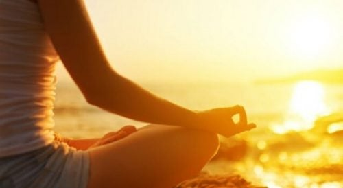 Mantry medytacyjne - medytacja na plaży