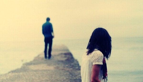 Wycofanie emocjonalne - ból po rozstaniu