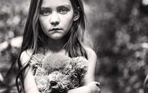 Zapomniane dzieci, pozostawione samym sobie